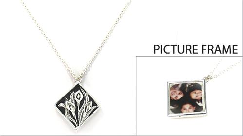 4030124 Picture Frame Locket Necklace Flower Medallian Design