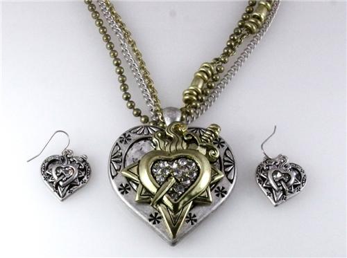 4030896 Bleeding Heart Sword Necklace and Earring Set Love Power