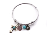 4031569 Designer Cross Charm Stacking Bracelet Fashion Extremely Popular Designer